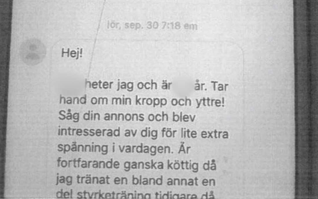 Polismannens meddelanden till kvinnan.