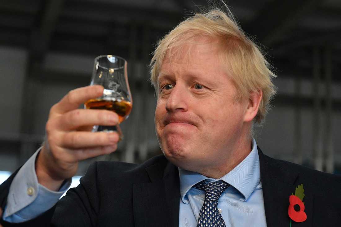 Tory-ledaren Boris Johnson vägrade att titta på bilden av 4-årige Jack som tvingades ligga på golvet när sjukhuset saknade sängar.