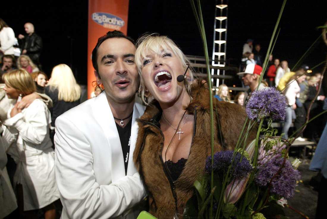 Carolina vann tävlingen – och Olivier de Paris hjärta. Paret förlovade sig inne i huset.