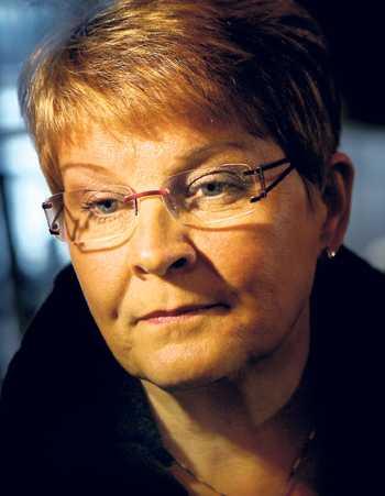 Maud Olofsson hävdar att näringsdepartementet inte fått Vattenfalls pantsättning bekräftad förrän i oktober 2009. Men en granskning visar att regeringen fick beskedet tidigare.