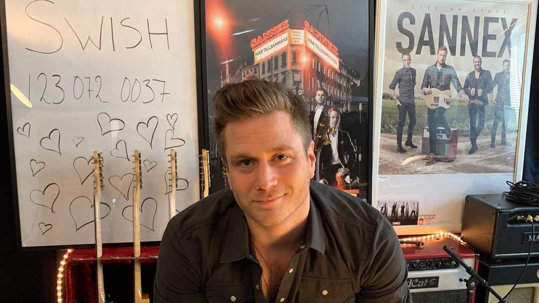 Andreas Olsson, sångare I dansbandet Sannex.