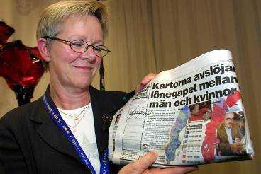 Upp till kamp mot orättvisa kvinnolöner. Wanja Lundby-Wedin, LO:s ordförande, skriver på Aftonbladets löneuppror. http://wwwb.aftonbladet.se/nyheter/0111/11/upprorinclude.html