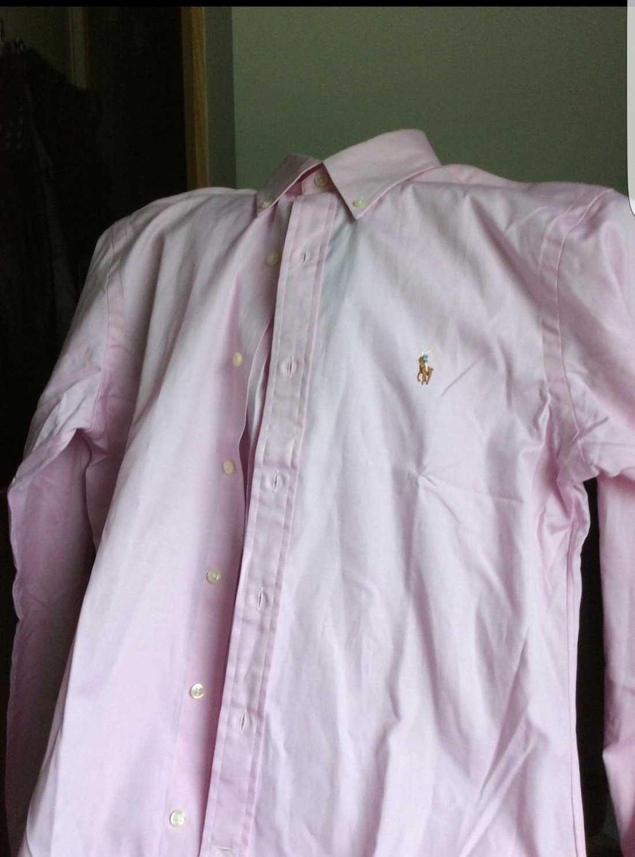 Skjorta av samma typ som Corrie McKeague hade på sig sist han sågs.