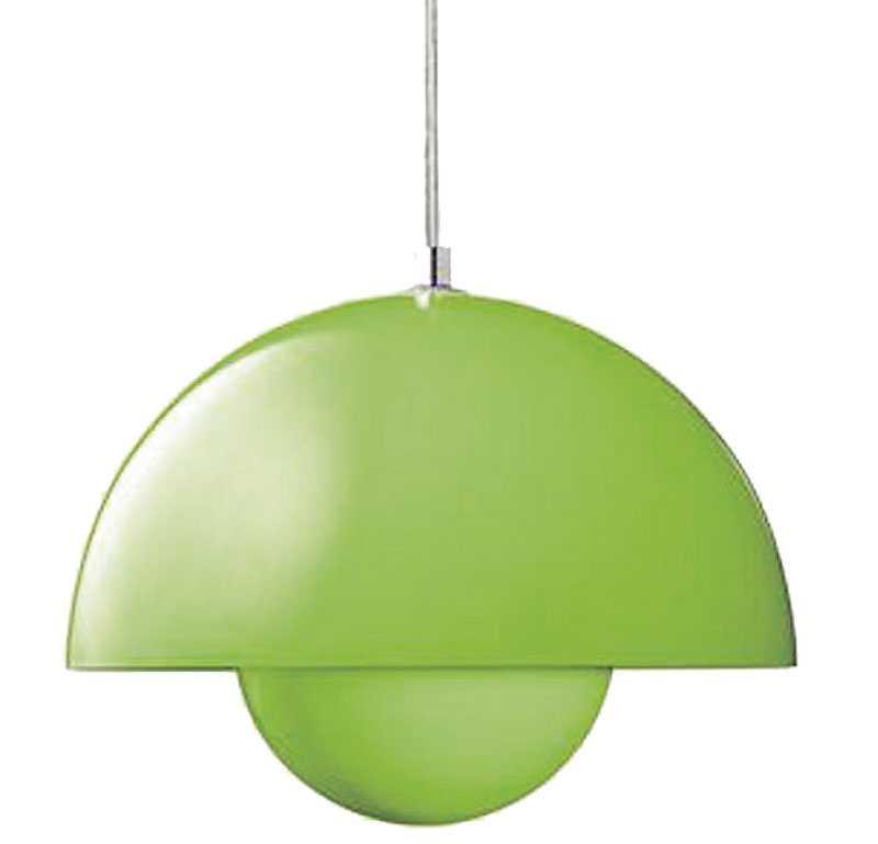 """Grönt med skönt ljus, denna designade taklampa """"Flowerpot"""" från Smak design finns hos www.svensson.se och kostar 1700 kr."""
