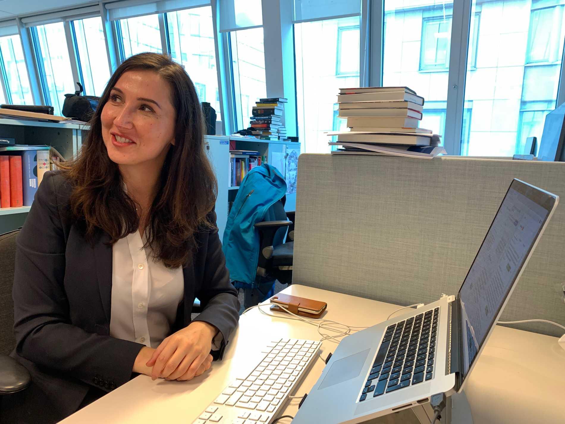 Aida Hadzialic (S) chattar med läsarna