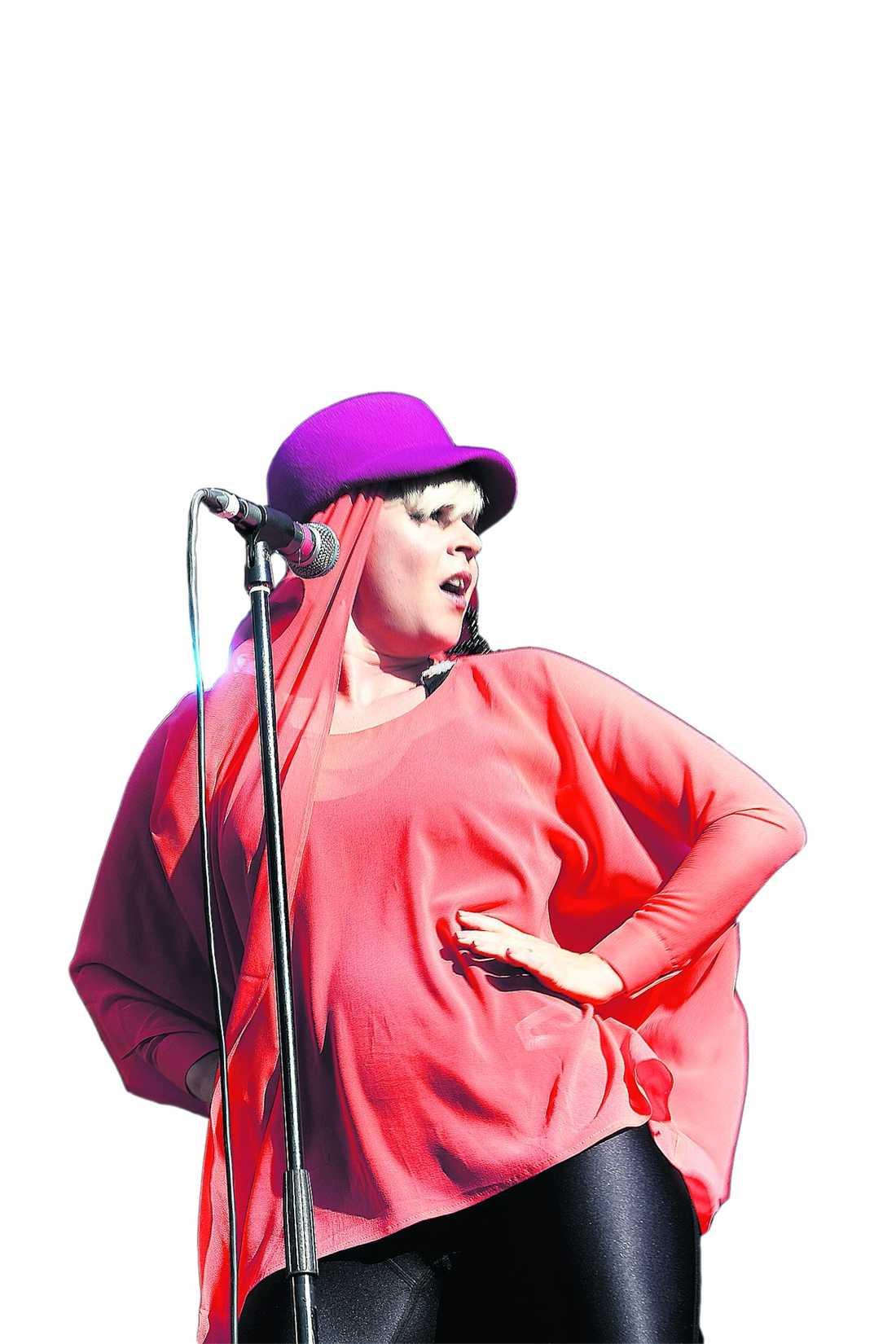 Robyn spelade på Peace & Love och arvika.