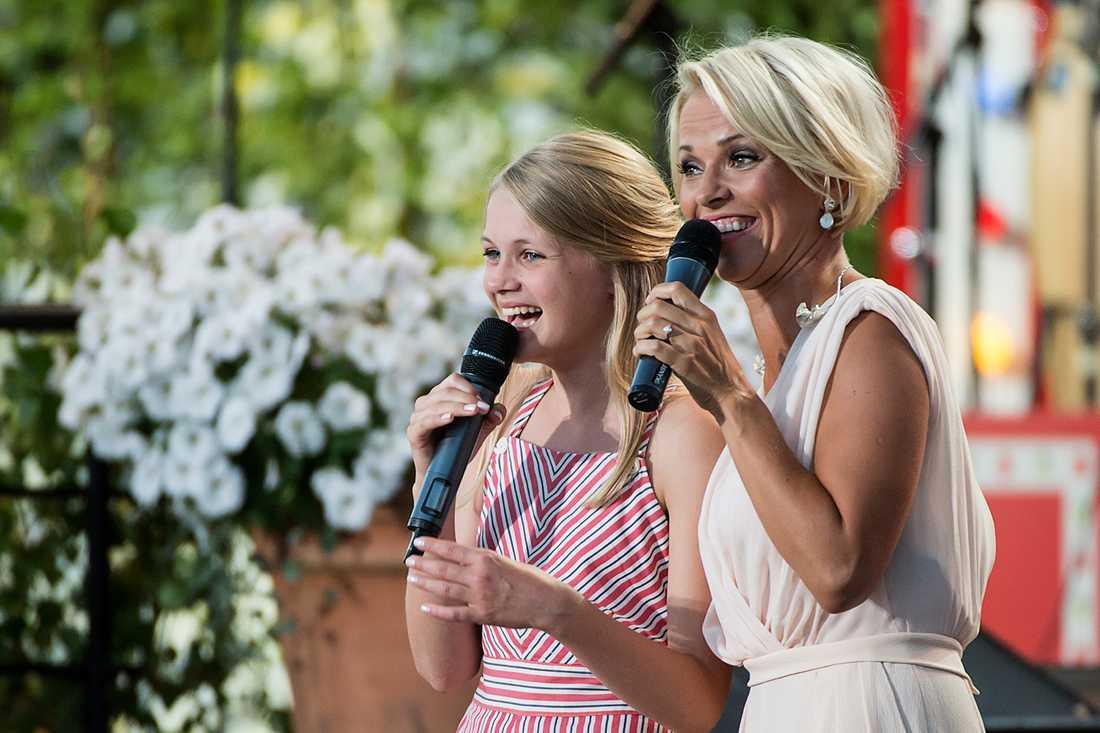12-åriga Vera Nord sjöng på Allsången.