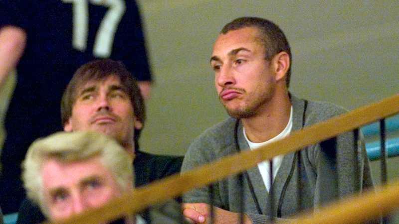 Henke Larsson såg matchen från läktaren.