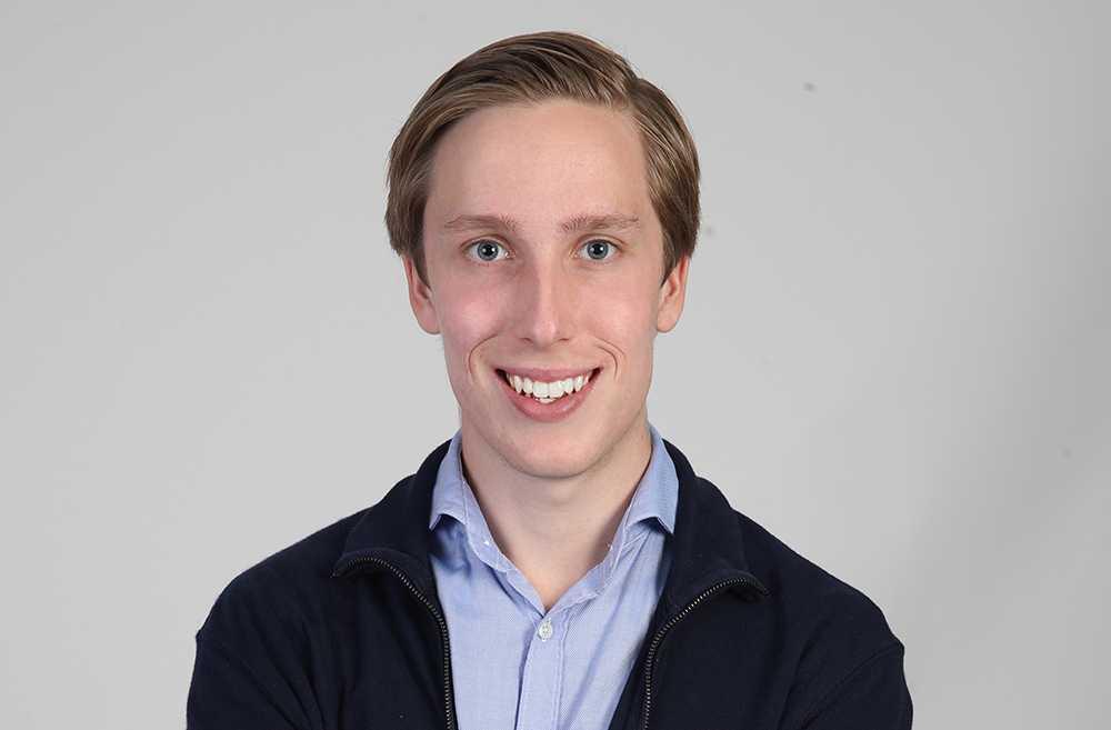 Robert Andersson, 19, sparar för att bli ekonomiskt oberoende.