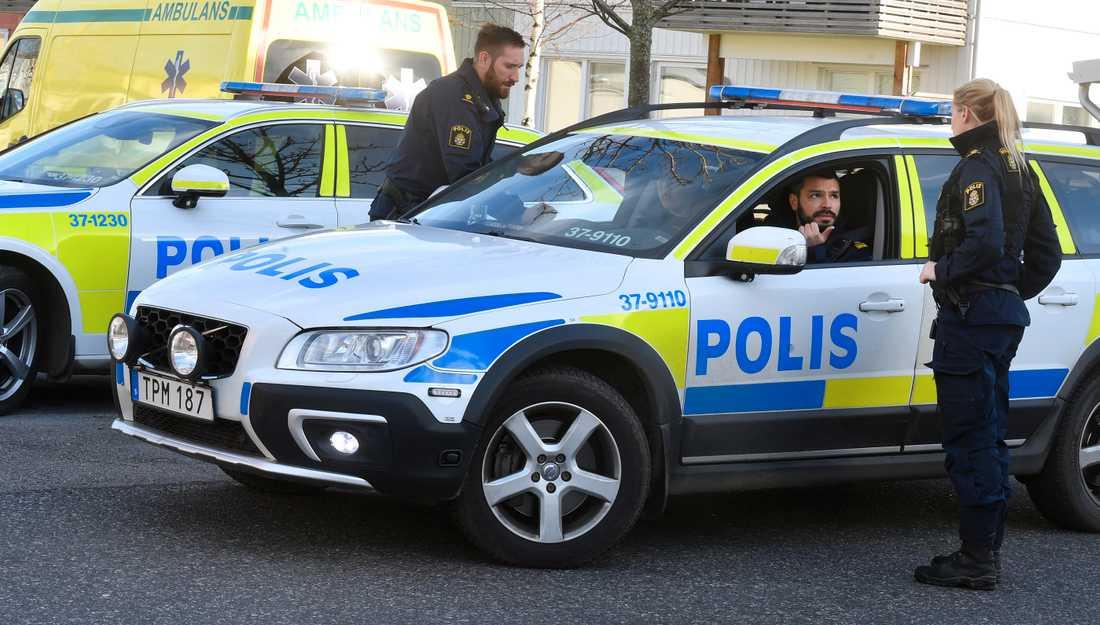 Knivmordet skedde i ett villaområde i Tullinge.