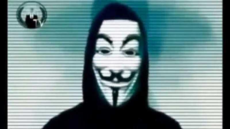 Familjens svarta får I tisdags spreds en film på Youtube där Anonymous tog på sig de senaste attackerna på svenska hemsidor. I går kom nya hot.