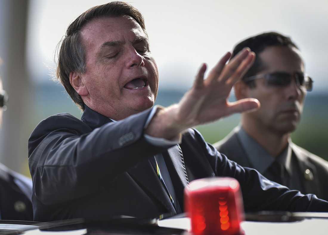 """Under lång tid har Brasiliens president tonat ner riskerna med covid-19, som han kallat en """"liten influensa""""."""