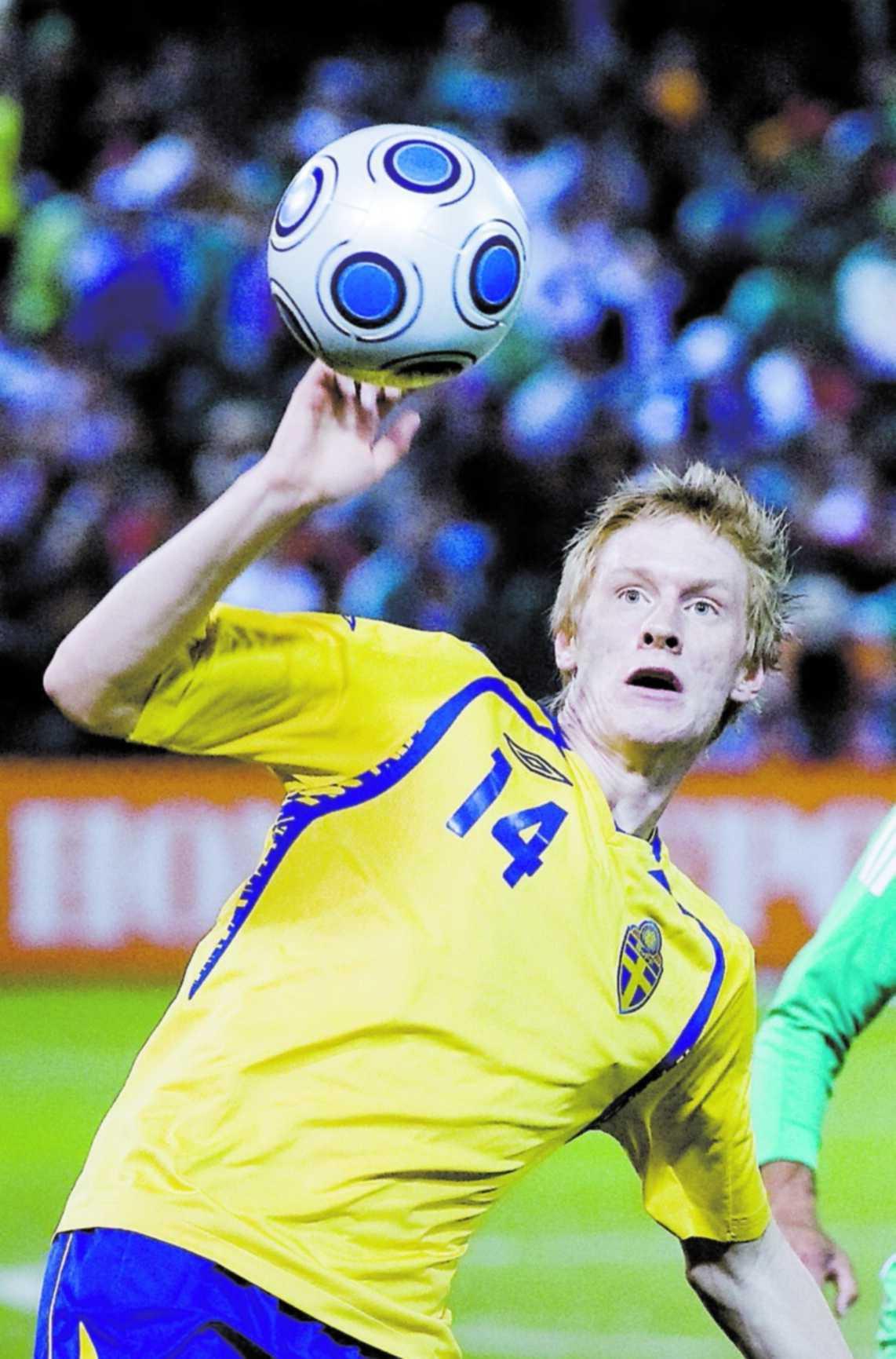 Rasmus Elm kan leda Sverige vid ett hemma-EM om drygt sex år.