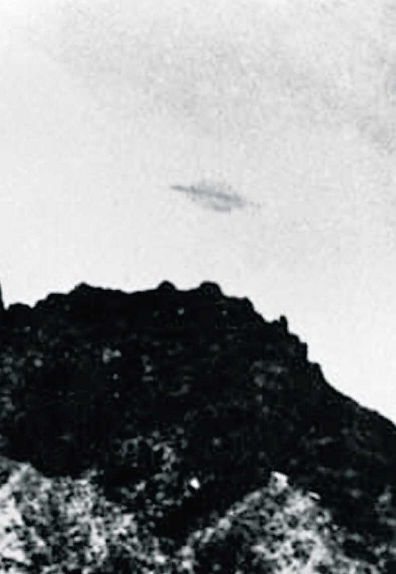 Förfalskning Bilden som togs för 52 år sedan ska enligt en vän till fotografen Almiro Baruna, vara fejk.