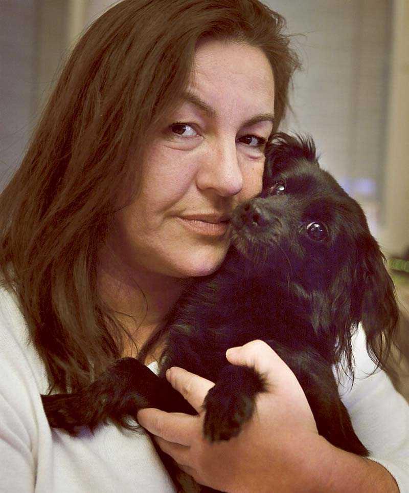 """Kronofogden värderade Gradijela Miljkovics hund Nemo vid ett utmätningsförsök. """"Hur kan man värdesätta en hund i pengar?"""", sa hon till Aftonbladet förra veckan."""
