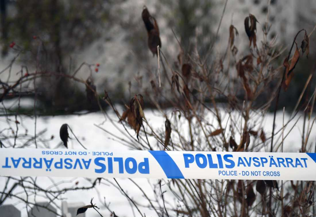 Misstänkt mord i bostad i Järfälla kommun.