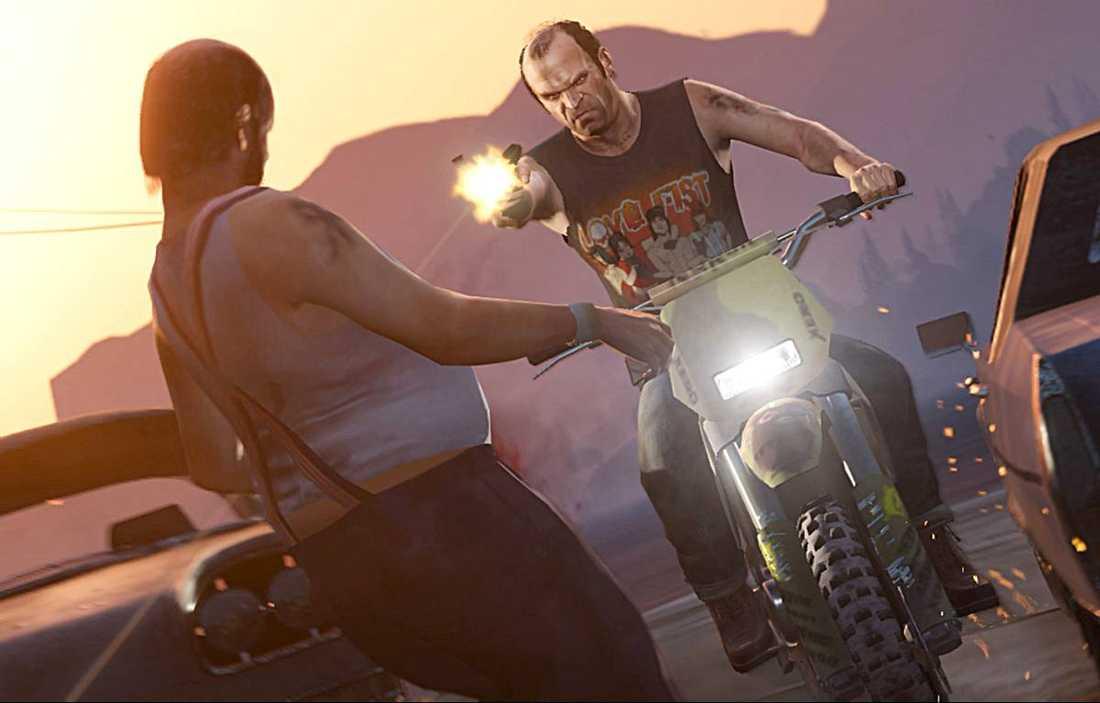 """fullblodspsykopat Nya karaktären Trevor, till höger, är den stora behållningen med """"Grand theft auto V""""."""