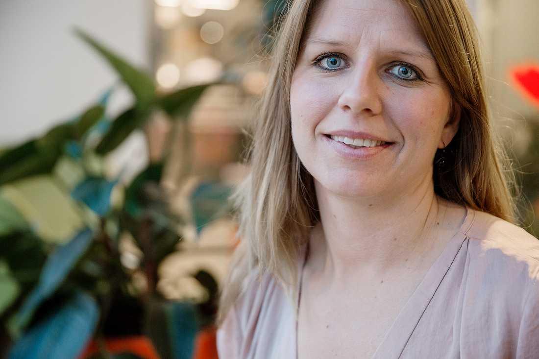 Tillsammans med kompisen Peter Henning drog Liisa Kiviloog i gång en insamling som resulterade i välbehövlig hjälp till eboladrabbade.