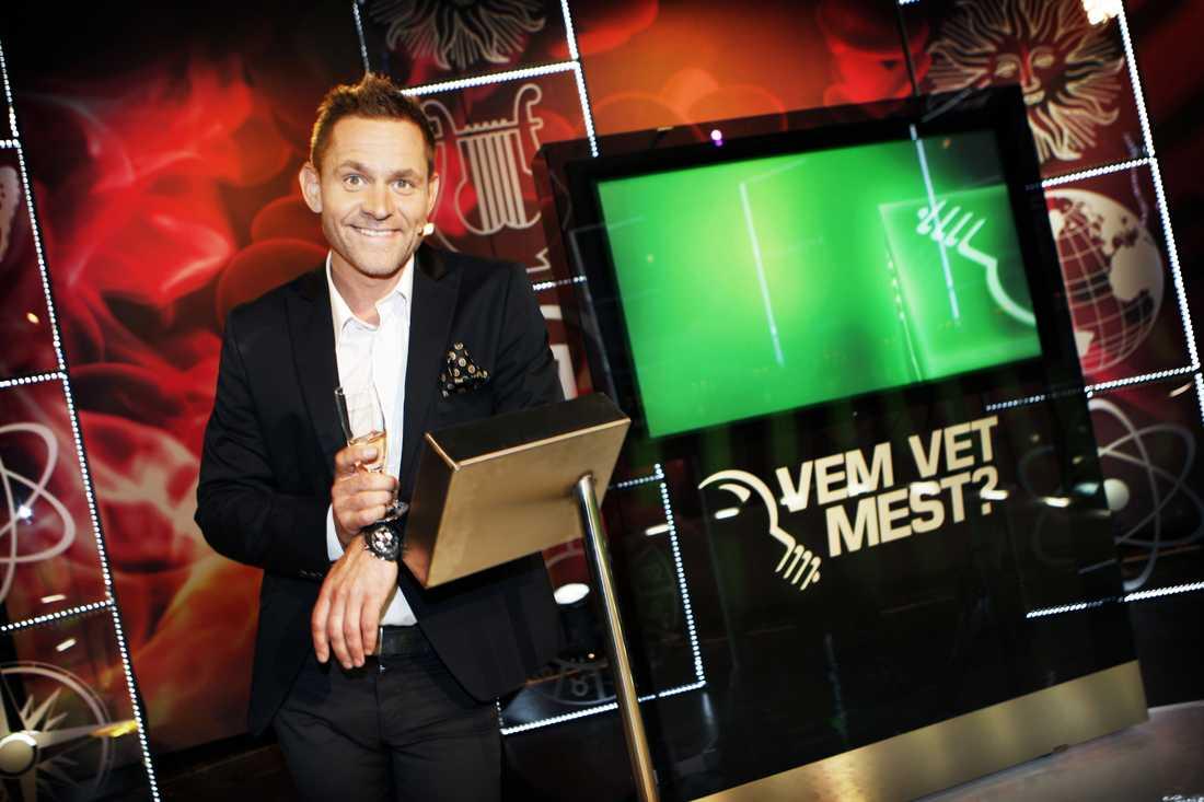 """Rickard Olsson slutar som programledare för """"Vem vet mest?"""""""