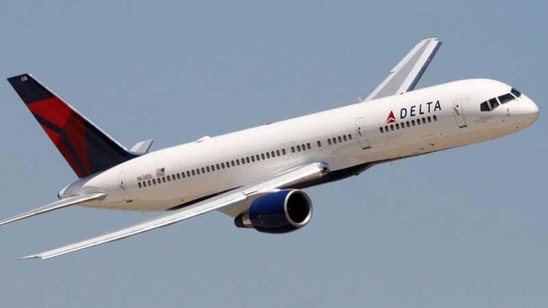 Dramat inträffade inför en flight mellan Los Angeles och New York.
