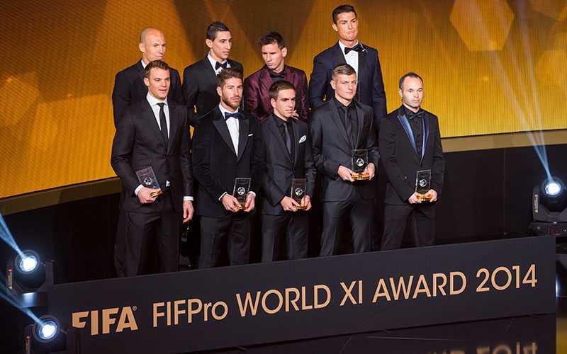 Världslaget (PSG:s Thiago Silva och David Luiz saknas på bilden).