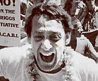 STOR Gayaktivisten Harvey Milk.