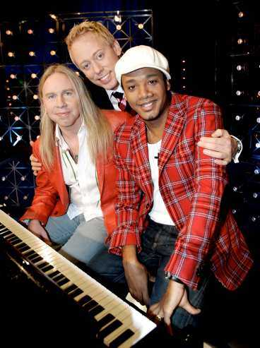 """Programledare för det nya """"Så ska det låta"""" blir Peter Settman och nya pianister är Stefan Gunnarsson och Putte Nelsson."""