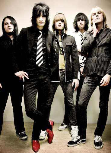 Bandet bekräftar att de brottas med interna stridigheter.
