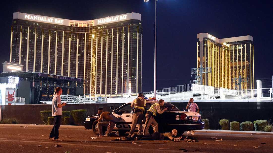 Skottdramat i Las Vegas har hittills krävt 58 liv.