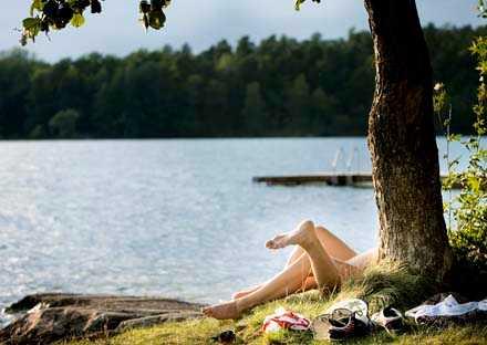 Dubbelt så många väntar på det rätta tillfället, jämfört med dem som vill ha sex med aldrig fått möjligheten, enligt Aftonbladet/Inizio.