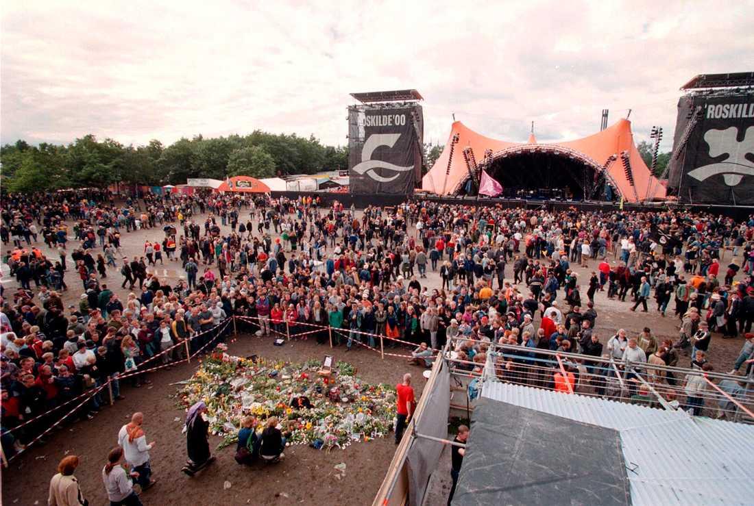 Det var framför den stora scenen på Roskilde-festivalen som dödsolyckan inträffade år 2000.