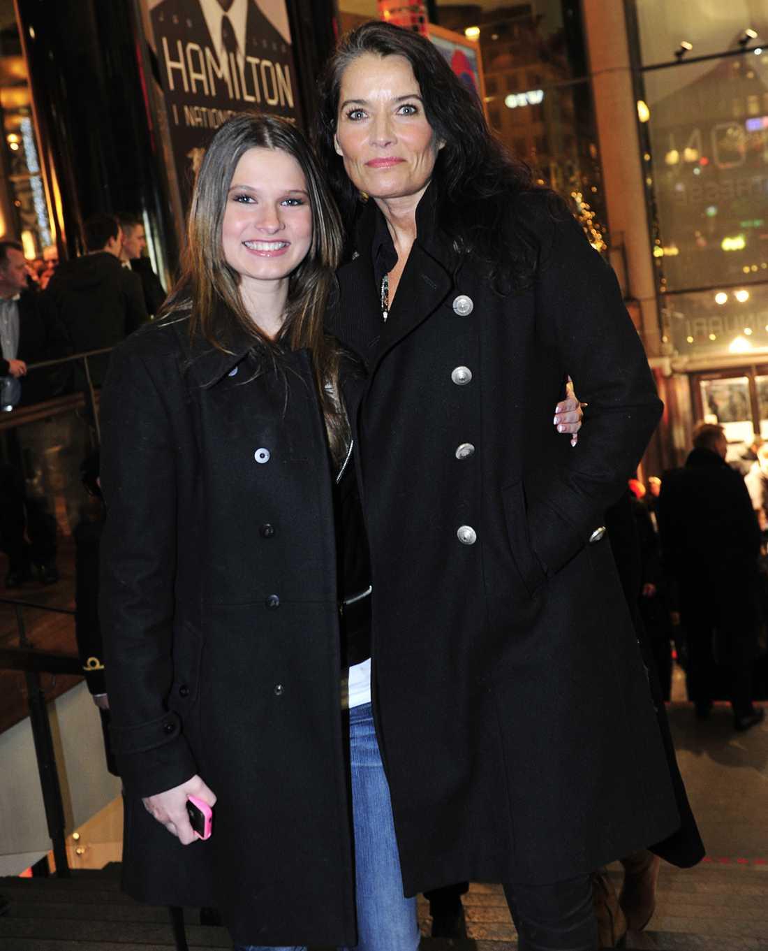 Agneta Sjödin med dottern Maja Strömstedt.