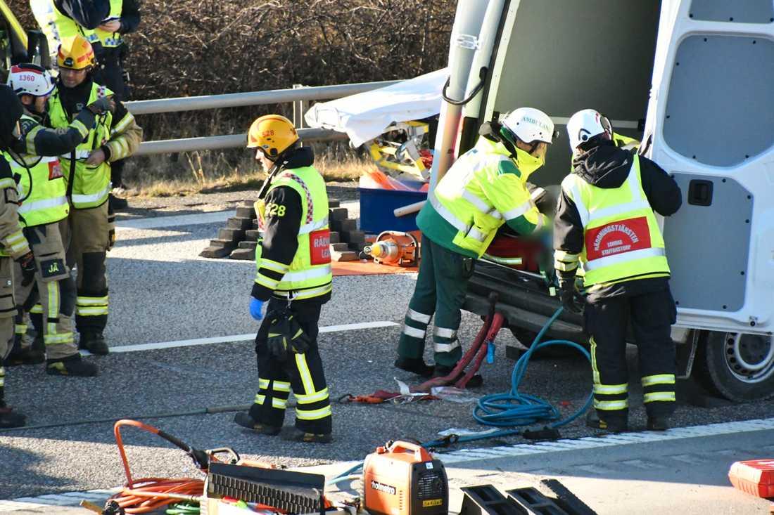 En olycka med flera fordon har inträffat på E6 i Burlöv kommun.