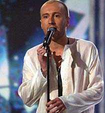 Daniel sjöng för sin avlidne far.