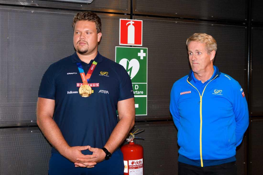 Ståhl och Hafsteinsson efter VM-guldet 2019.