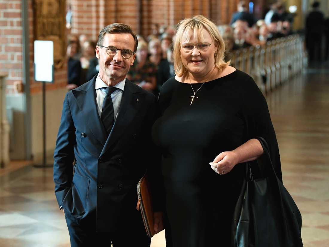 Moderaternas partiledare Ulf Kristersson med fru Birgitta Ed var på plats.