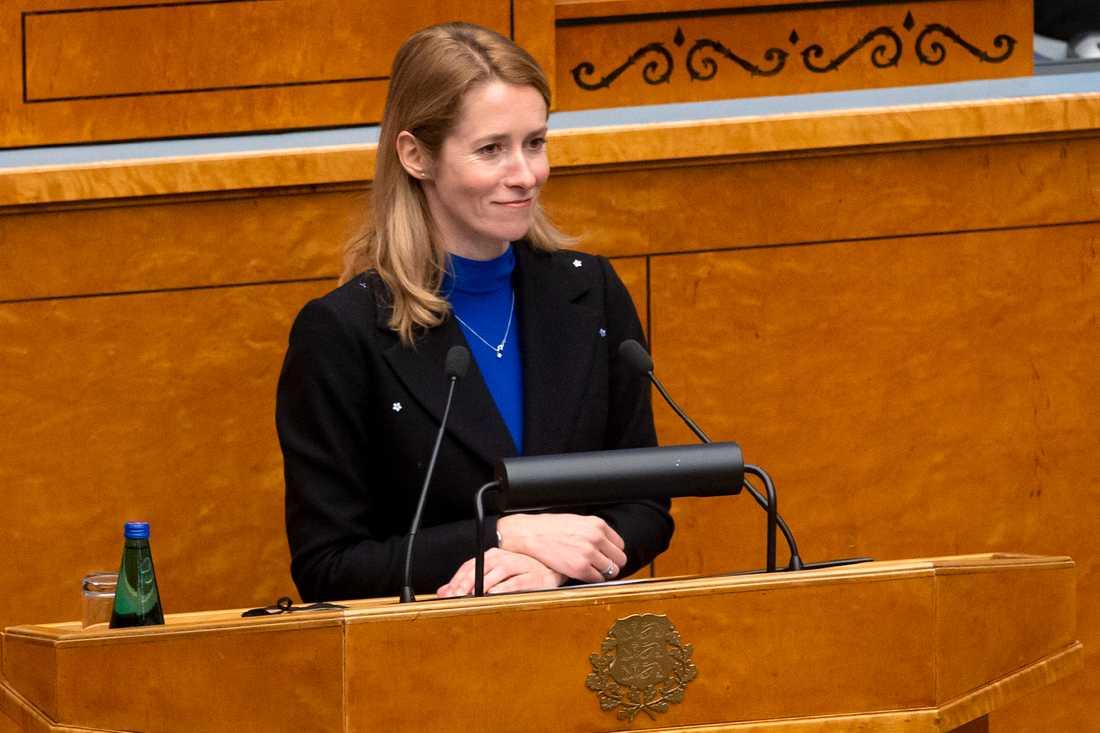 Kaja Kallas svors in som Estlands nya premiärminister i parlamentet riigikogu på tisdagen.