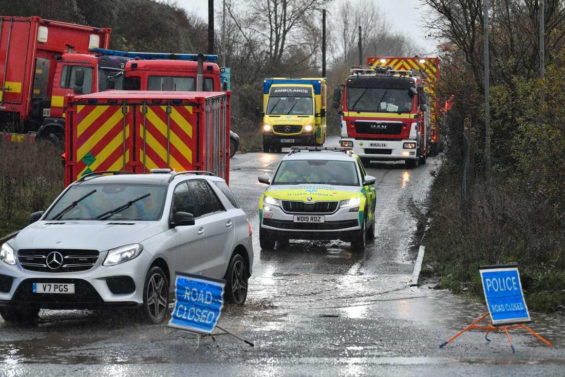 Utryckningsfordon efter explosionen nära Bristol.