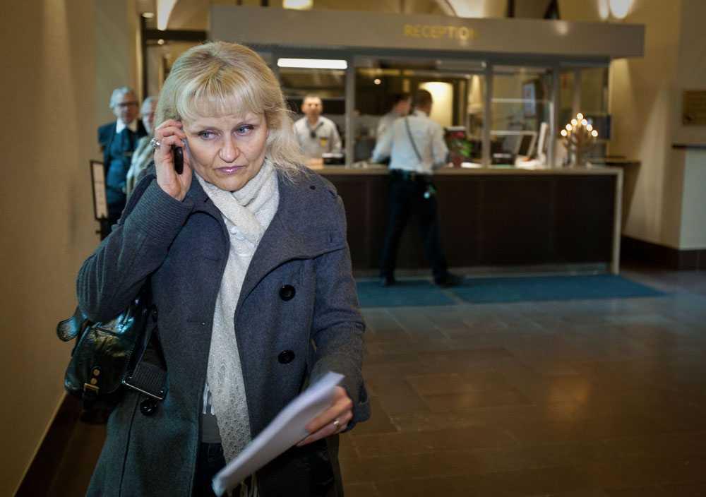 """""""Helt fruktansvärt,"""" säger Emil Linells mamma Eva Vassilakis om domen."""