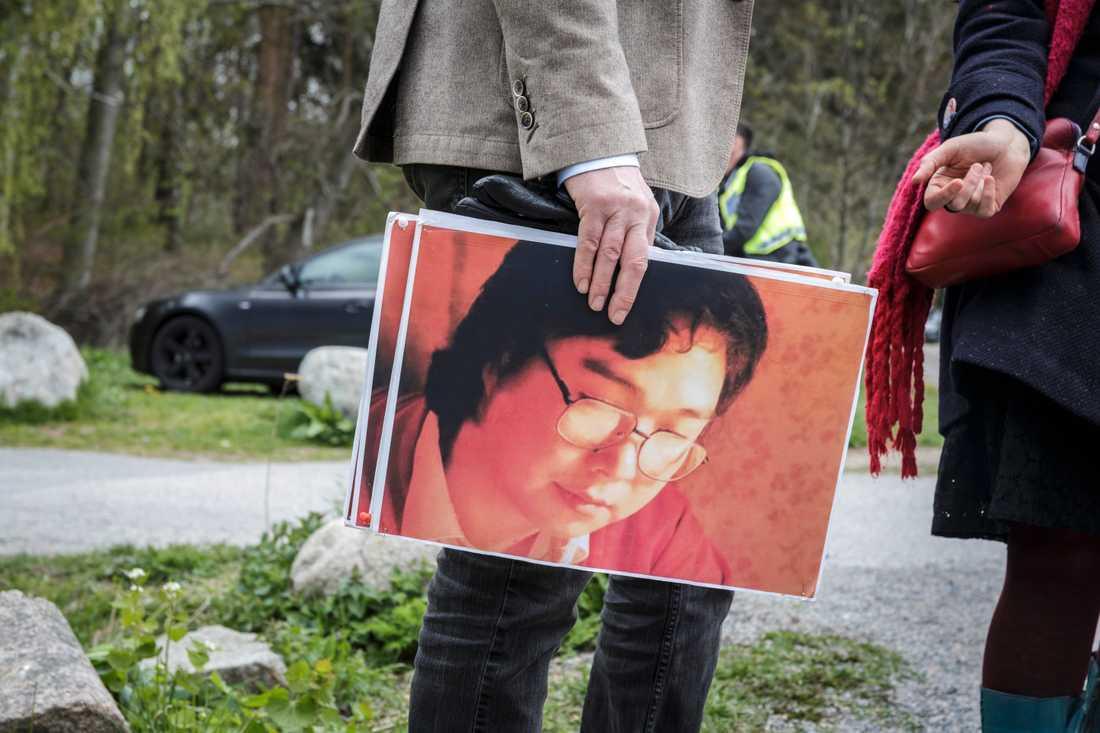 Stödmanifestation för den fängslade bokförläggaren Gui Minhai utanför Kinas ambassad i maj. Arkivbild.
