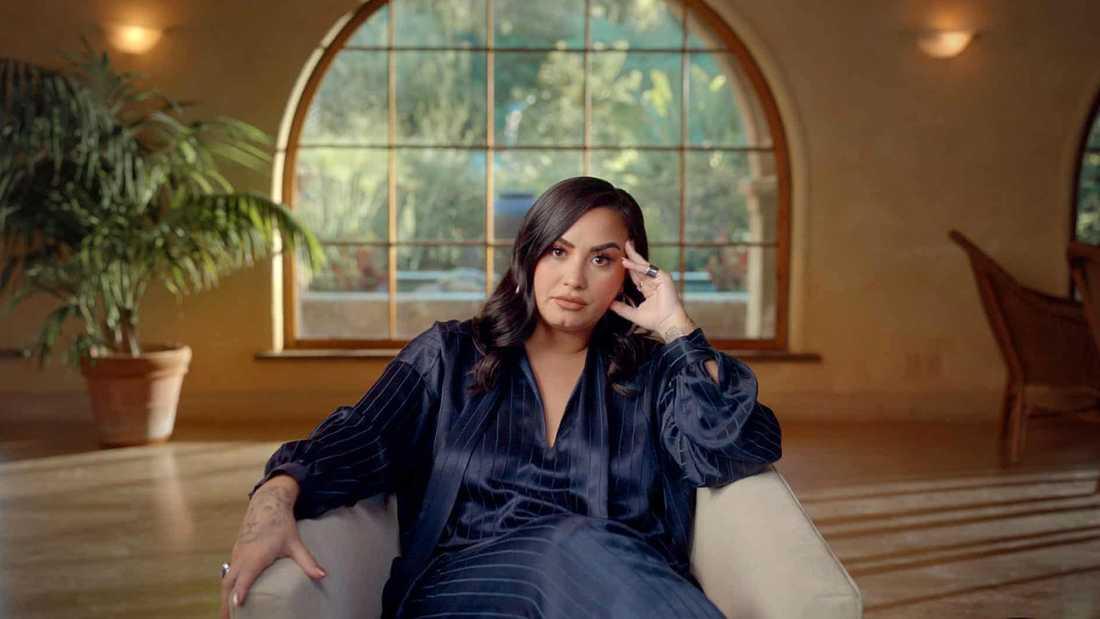 Demi Lovato är dubbelt aktuell med album och dokumentär efter en tids tystnad.