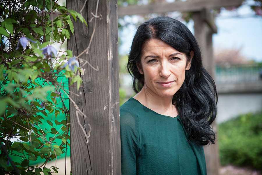 Amineh Kakabaveh har i dag uteslutits ur Vänsterpartiet.