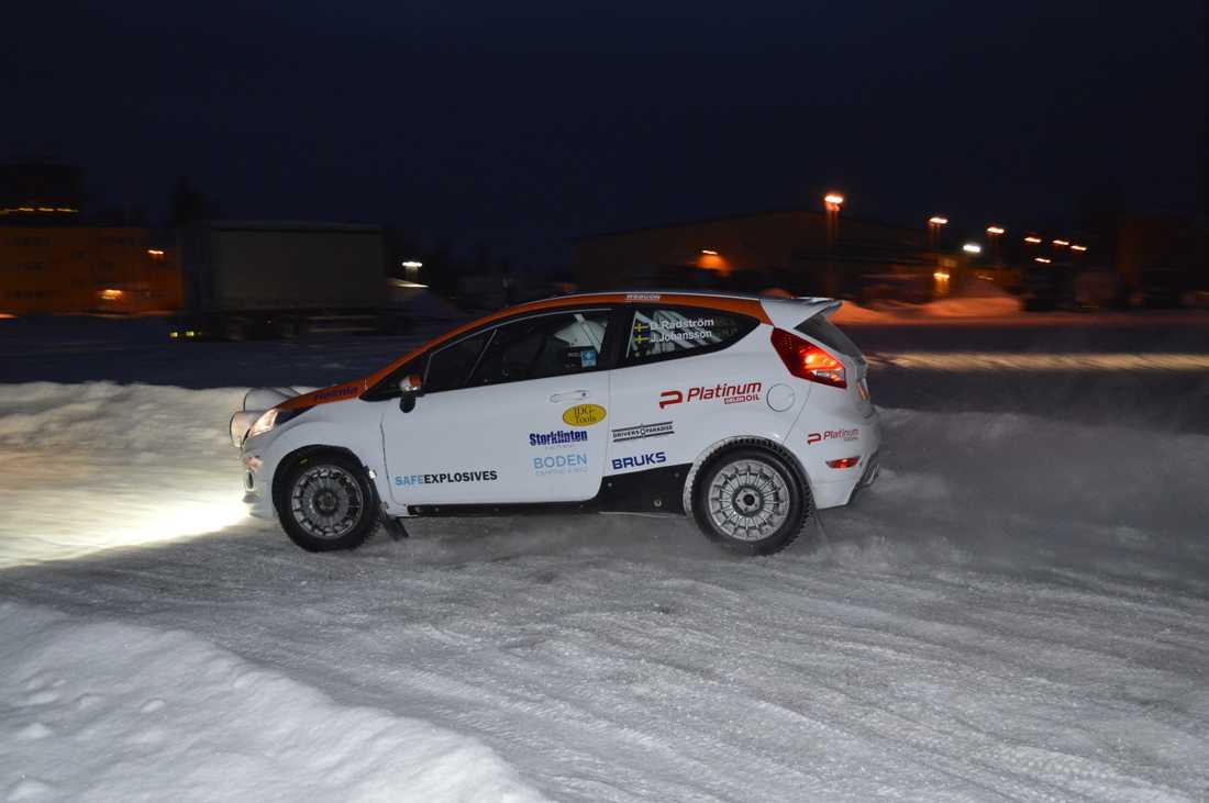 Rådström jagar VM-titeln i JWRC