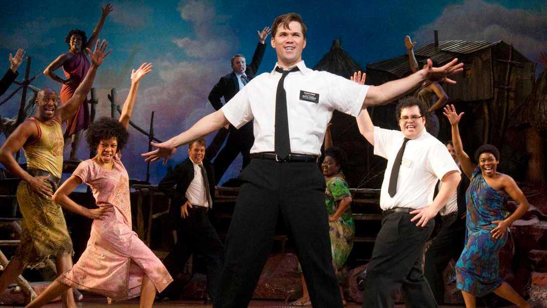 """Ur en amerikansk uppsättning av """"The book of mormon""""."""