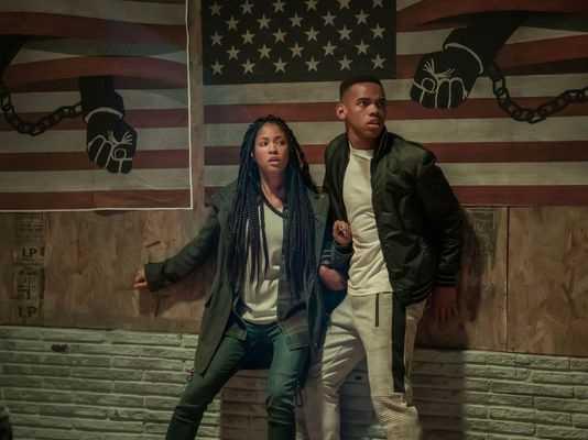 """Lex Scott Davis och Joivan Wade spelar syskon i """"The first purge""""."""