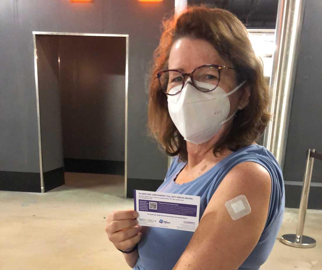 Britta Svensson efter att ha blivit vaccinerad.