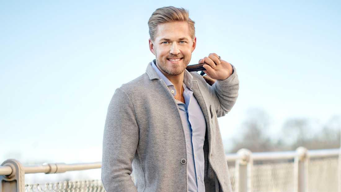 """Simon Glimhed, som är en av singelkillarna i """"Bachelor"""". Pressbild."""