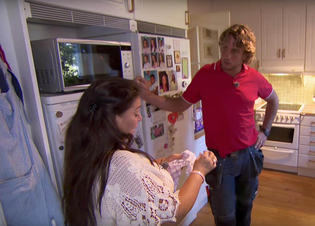 """Anna Book under sin medverkan i programmet """"Arga snickaren VIP"""", med Anders Öfvergård."""