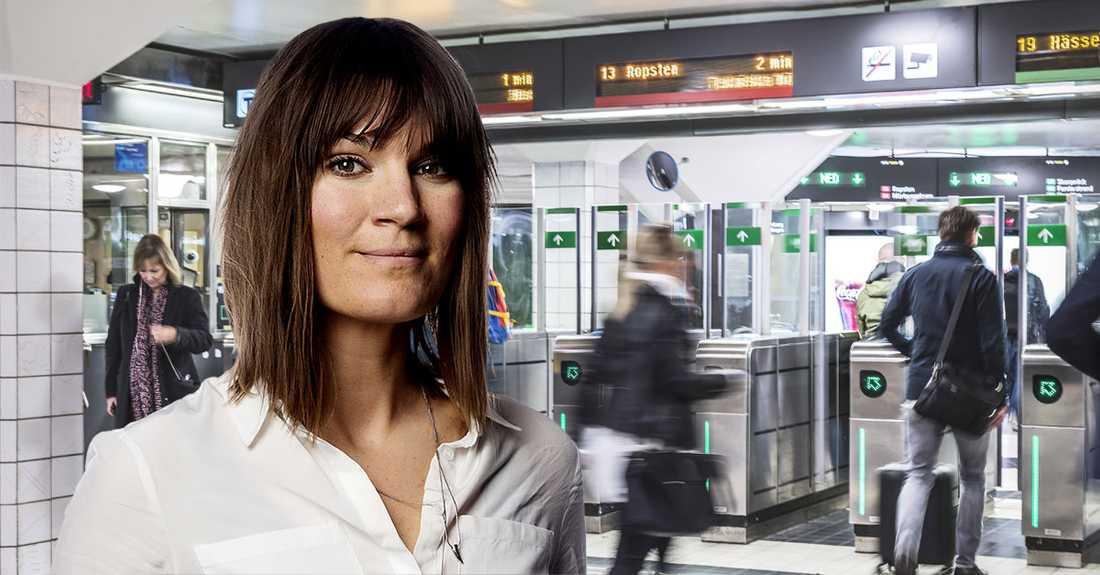 """""""När jag nu återvänder till storstan så älskar jag doften av tunnelbana"""", skriver Malin Wollin."""