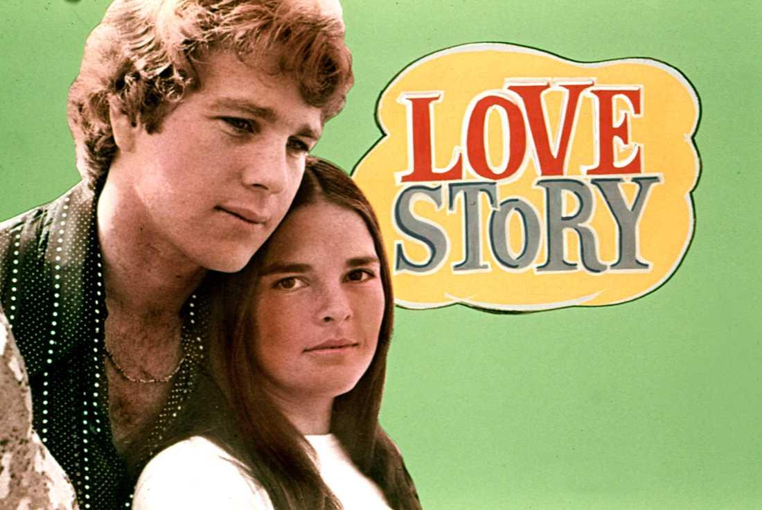 """Filmen """"Love Story"""" hade premiär i 1970, med Ryan O'Neal och Ali MacGraw i huvudrollerna."""